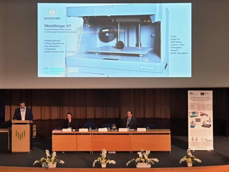 Podpora univerzitního výzkumu nejmodernějšími 3Dtechnologiemi