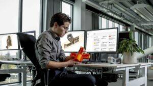 Ultimaker Essentials pomáhá využít přínosy 3D tisku napříč celou firmou