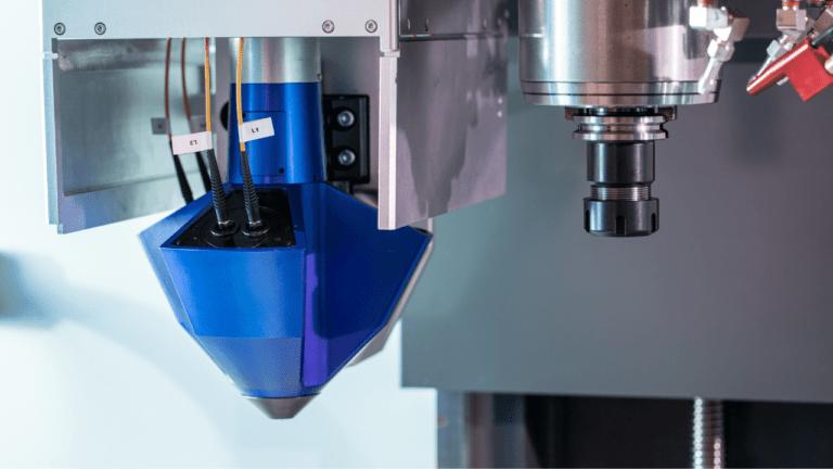 CNC Hardware Kit: Automatický proces 3D tisku a obrábění